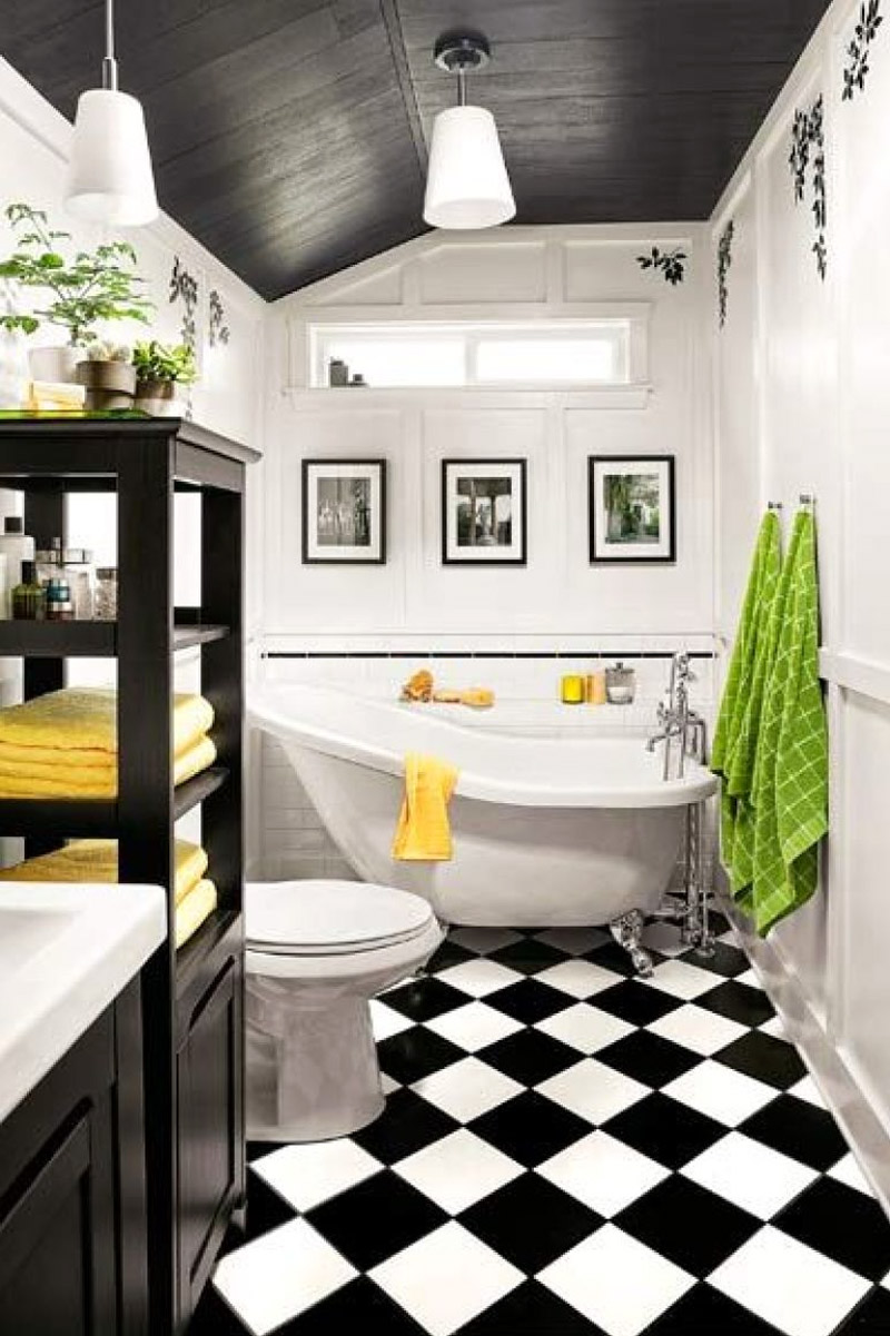 Tiles Talk: Black and White Bathrooms; Design ideas - Perini