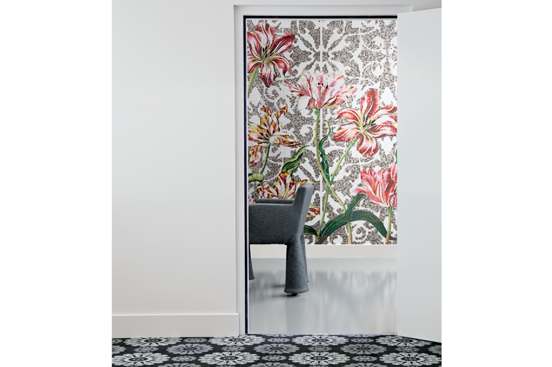 Wall Tiles, Floor Tiles, Mosaic Tiles, Decorative Tiles, Tulips by Bisazza