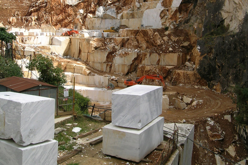 Marble Tiles, Marble quarry in Carrara, Italy