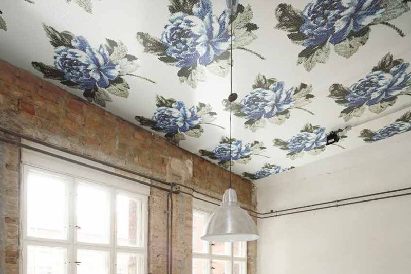 Wall Tiles, Floral Design, Charlottenberg, Regal Blue and white