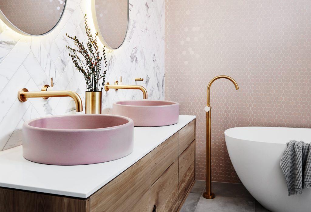 neutral toned bathroom