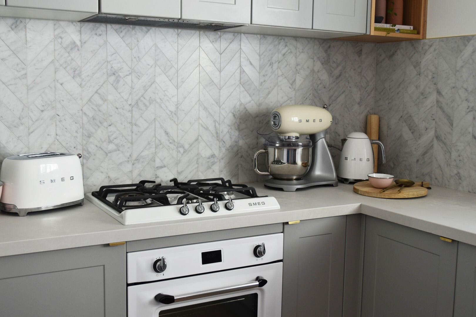 Carrara marble splash back tiles